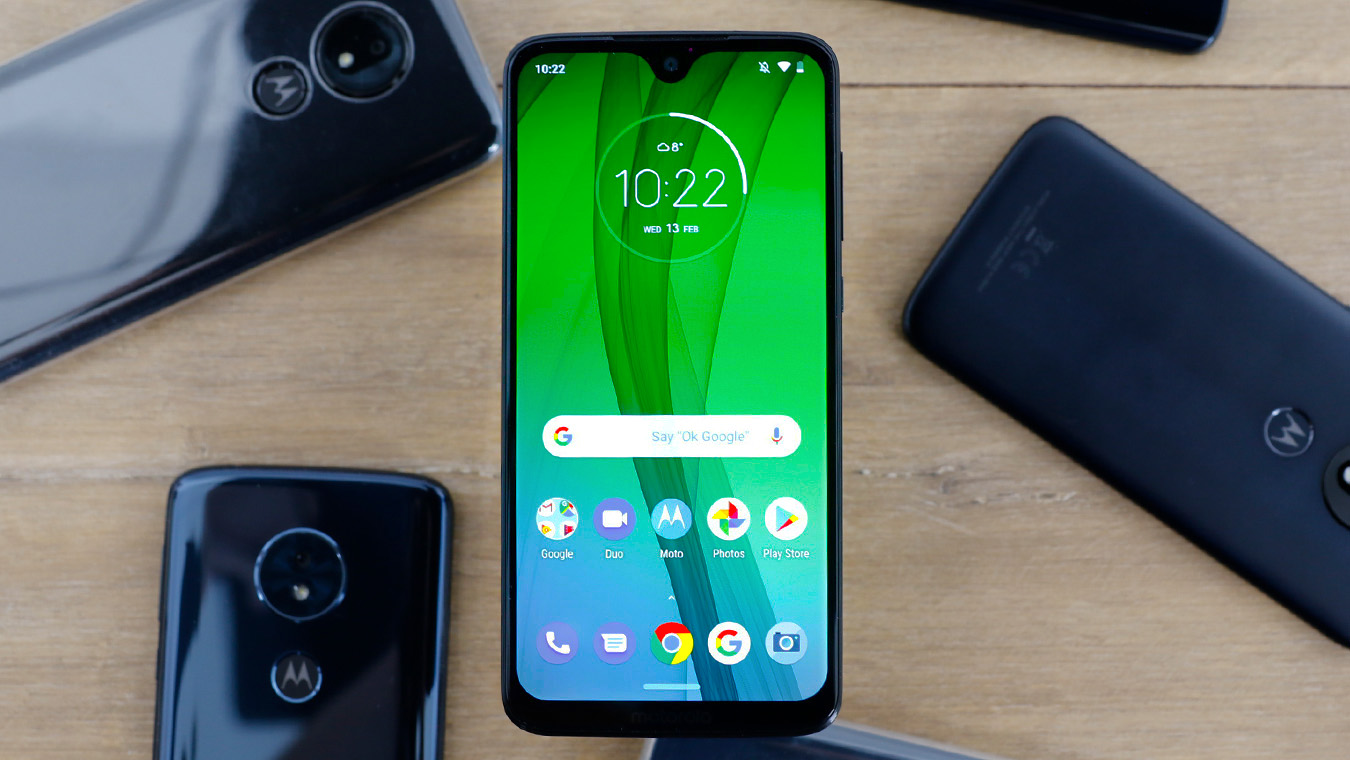 """Learn the best video converter to help you play MKV/AVI/MOV/MP4 movies on Moto G7, G7 Play and G7 Power. Moto smartphones are loved by many fans, several months ago Moto released the new smartphones for this year, they are Moto G7/G7 Play/G7 Power, in order to help you get better multimedia experience with Moto smartphones, we would like to share the best method to play MKV/AVI/MOV/MP4 movies on Moto G7/G7 Play/G7 Power, you will know Moto G7 supported formats in this article, and you will get the best video converter tool to convert unsupported videos to Moto G7 supported formats. If you are a Moto fan you may have waited Moto G7 series smartphones for sometime. Not long ago, Moto G7 was officially released. While continuing Moto design style, Moto G7 strives for perfection in details. Moto G7 is not too amazing, but users can get the perfect operation experience. The Moto G7 front and rear cameras support professional functions such as high-definition video recording, portrait smiling face capture, slow motion and time delay photography. In addition, there are many professional and interesting photography functions that allow you to take beautiful photos conveniently. If you want to use Moto G7 as a movie player, the 6.2 inches screen will offer good visual enjoyment for you, the resolution of 1080*2270 will show vivid images for you. Most users will choose to play movies through smartphones at spare time, currently most movies are in MKV, AVI, MOV and MP4 formats, do you want to play MKV/AVI/MOV/MP4 movies on Moto G7/G7 Play/G7 Power? Please just follow the content below you will get the best video converter software to use, this program can help you convert MKV/AVI/MOV/MP4 movies to any formats you need, and then you can play MKV/AVI/MOV/MP4 movies on Moto G7/G7 Play/G7 Power with supported format smoothly. What are Moto G7 supported formats? """"Hi there, can you share Moto G7 supported formats? I have stored some movies on my computer and they are in MKV, AVI, MO"""